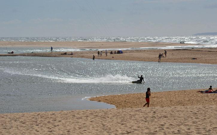 Sites to Holding Hands in Caldas da Rainha, Water sports