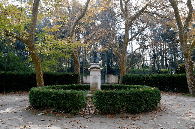 Rafael Bordalo Pinheiro das Maravilhas Caldas da Rainha busto
