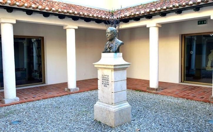 José Malhoa o génio naturalista, busto de homenagem no Museu José Malhoa, em Caldas da Rainha