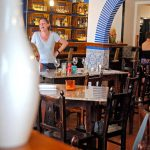 Caravela Bar e Restaurante de Tapas em Foz do Arelho, ambiente interior, Gocaldas, o teu Guia Turístico Local