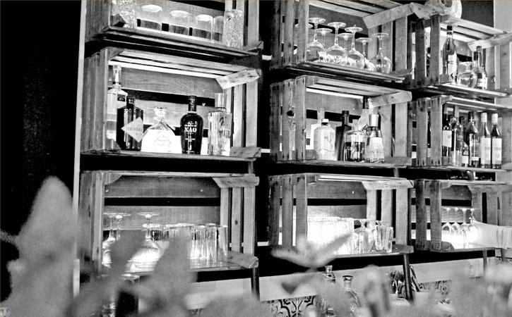 Caravela Bar e Restaurante de Tapas em Foz do Arelho, decoração, Gocaldas, o teu Guia Turístico Local