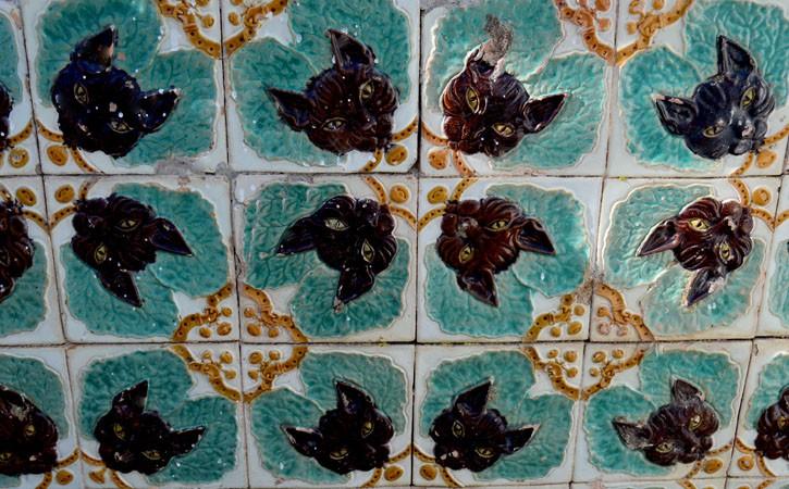 Francisco Grandella Palace tiles at Foz do Arelho
