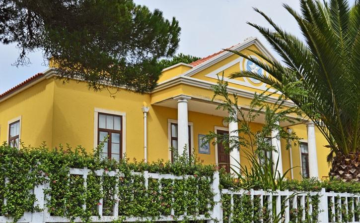 Francisco Grandella, Escola Primária do Nadadouro, Foz do Arelho, Gocaldas, o teu Guia Turístico Local