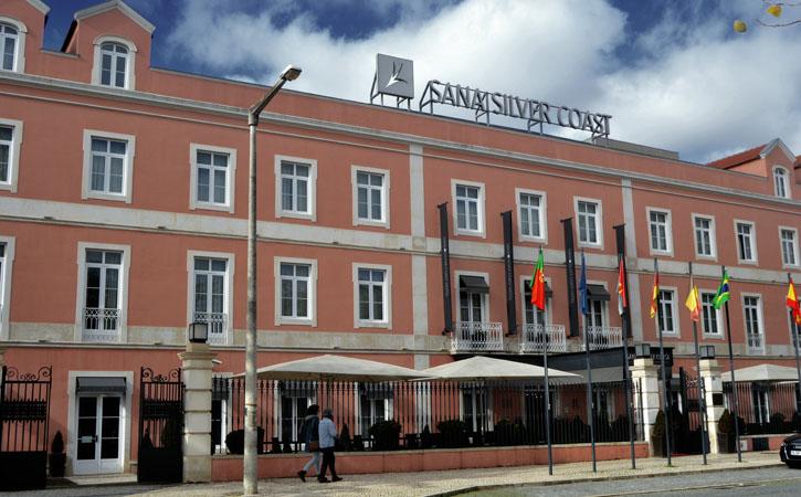 Fachada do antigo Hotel Lisbonense, em Caldas da Rainha
