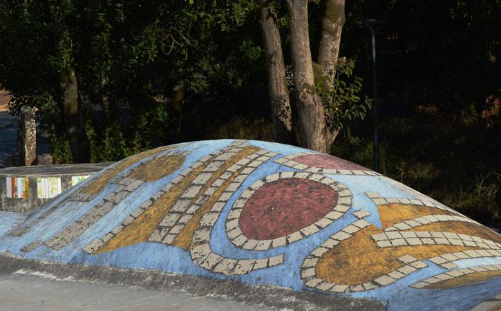 Jardim da Água nas Caldas da Rainha Jardim da Água, cerâmica a céu aberto,