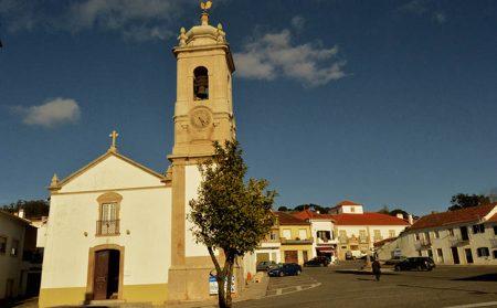Pelourinho de Santa Catarina in Caldas da Rainha - GoCaldas