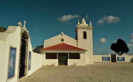 Igreja Matriz da Serra do Bouro at Caldas da Rainha