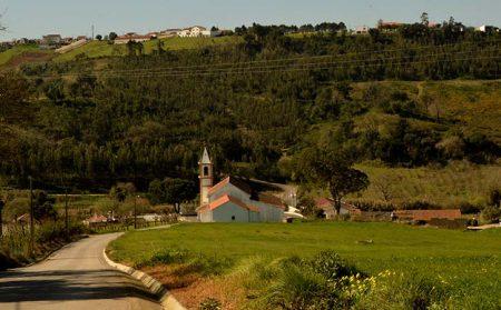 Igreja Paroquial de Carvalhal Benfeito em Caldas da Rainha
